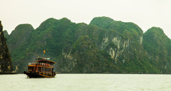 A tourist boat on its way to the harbour.
