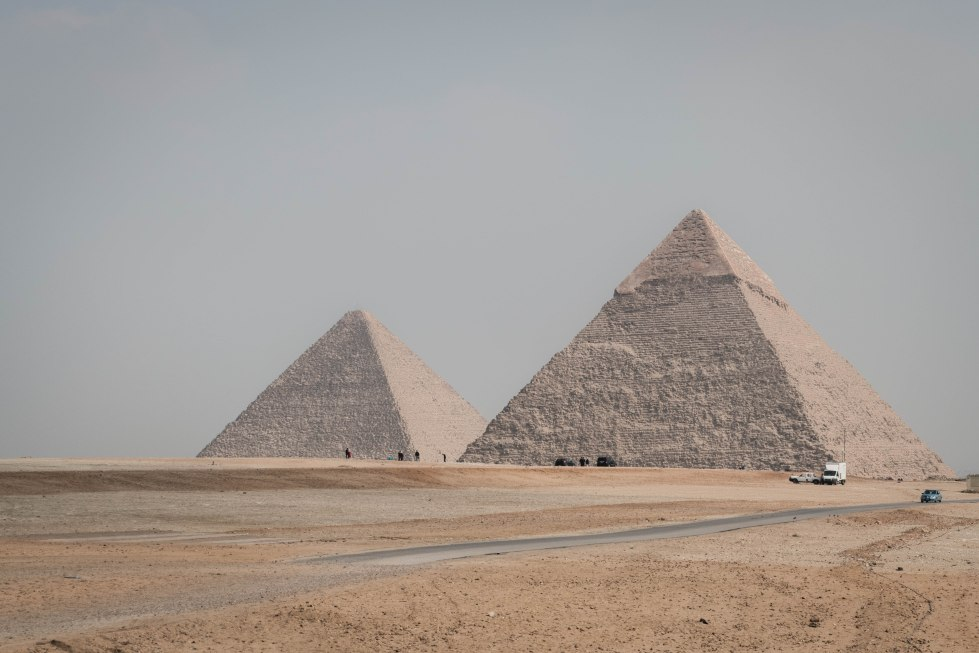 2pyramids (1 of 1)
