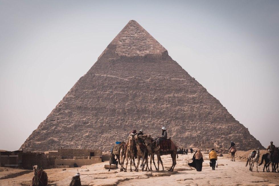 camelmenpyramid (1 of 1)