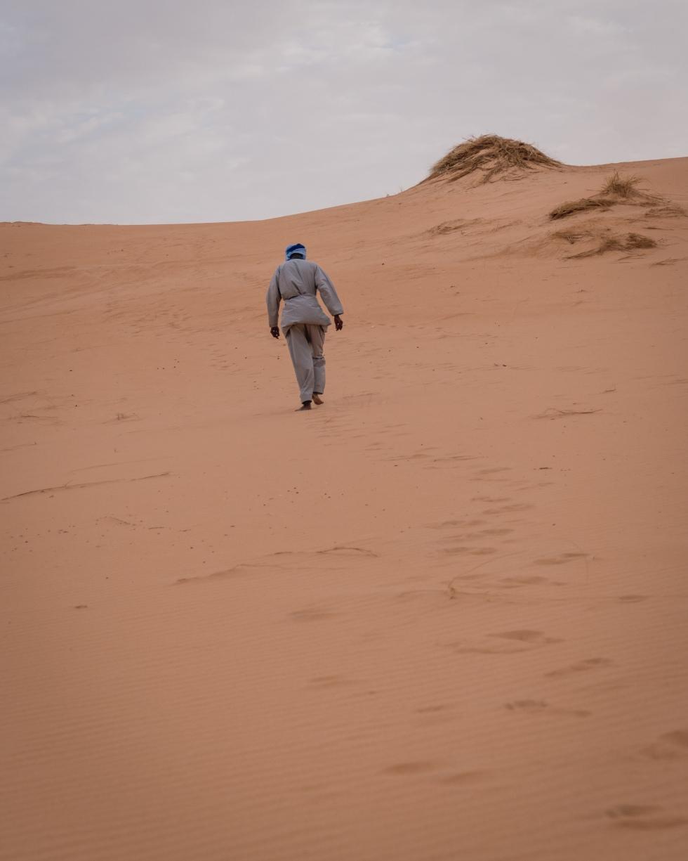 desertsunsetwalkhill (1 of 1)